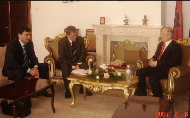 6+ Parlamenter Gurubu Başkan Fatmir Seydiju ile Görüştü