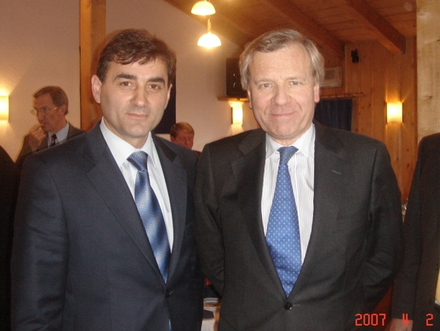 KDTP Genel Başkanı Mahir Yağcılar ve NATO Genel Sekreteri Scheffer Görüştü