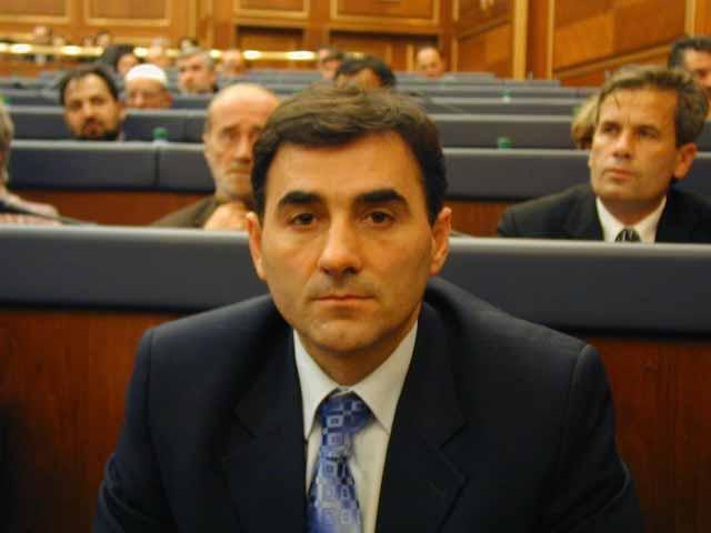 KDTP Genel Baskani ve Milletvekili Mahir Yagcilar`in Mitrovica`da ki durumla ilgili konusma