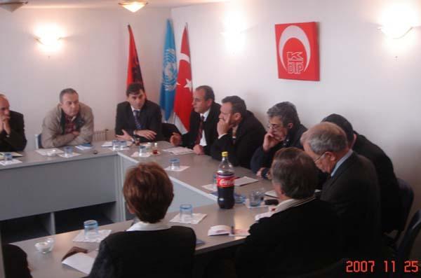 KDTP Merkez Yönetim Kurulu'nun 25 Kasım 2007 tarihinde, Priştine'de gerçekleştirdiği toplantıdan:
