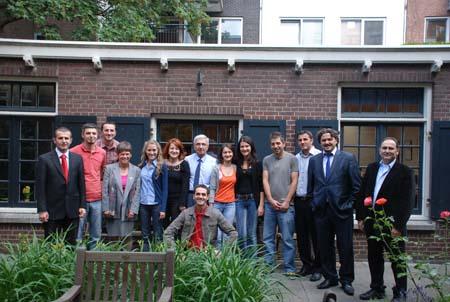 Kosovalı gençler Hollanda'yı fethetti