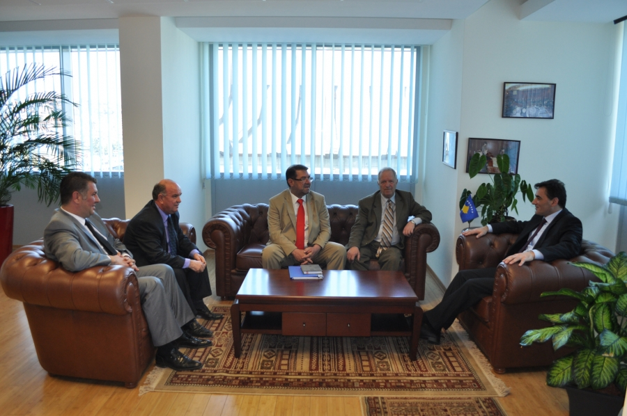 Kosova Türk Dernekleri Federasyonu Mahir Yağcılar'ı ziyaret etti