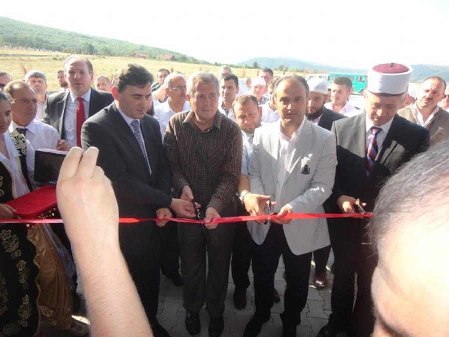 Mitroviça'ya Yeni Cami ve Gasilhane