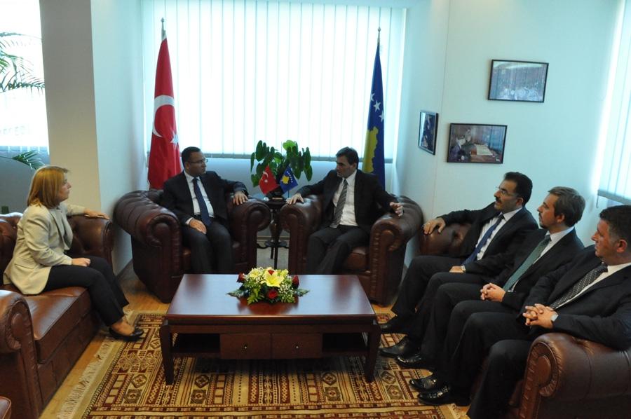 Türkiye ile Kosova Arasında Kamu İdaresi Alanında İşbirliği Artacak