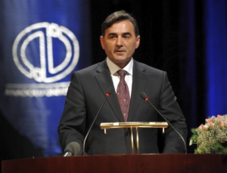 Bakan Yağcılar Anadolu Üniversitesi Törenine Katıldı