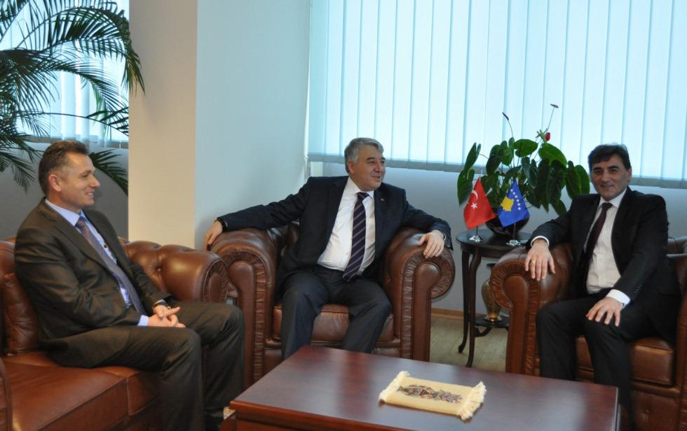 Düzce'den Kosova'ya Yatırım İmkanları Ele Alındı