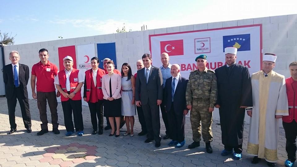 Türk Kızılayı'ndan Kosova'ya 700 Hisse Kurban