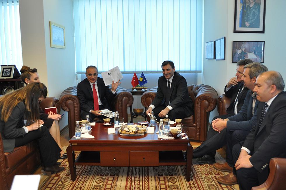 Türkiye Kültür Bakanı Topçu, Kosova Kamu Yönetimi Bakanı Yağcılar ile Görüştü