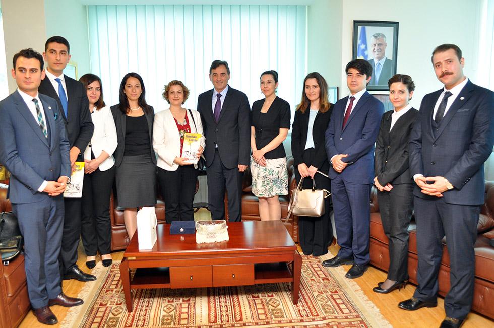 Genç Diplomatlardan Bakan Yağcılara ziyaret