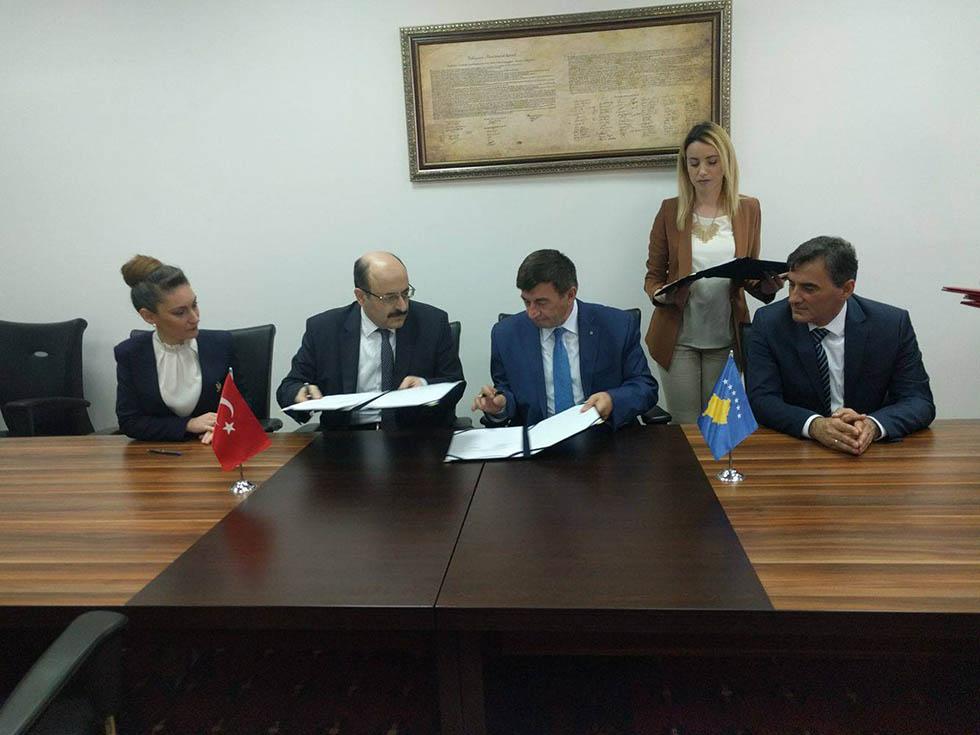 Kosova ile Türkiye Arasında Eğitim İşbirliği Anlaşması İmzalandı