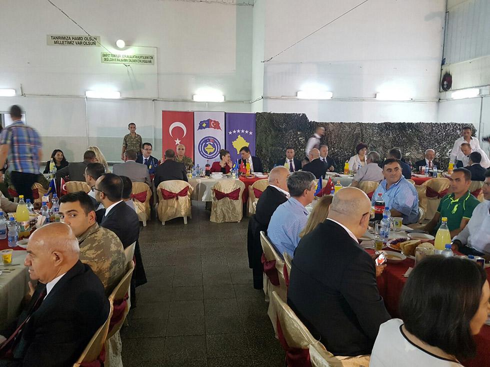 Sultan Murat Kışlasında İftar Yemeği