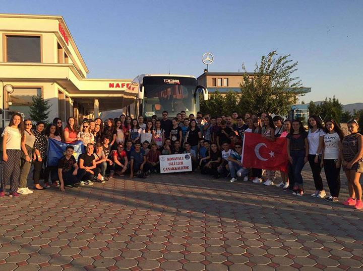 Kosovalı 15'liler dedelerinin şehit düştüğü Çanakkale'ye gitti