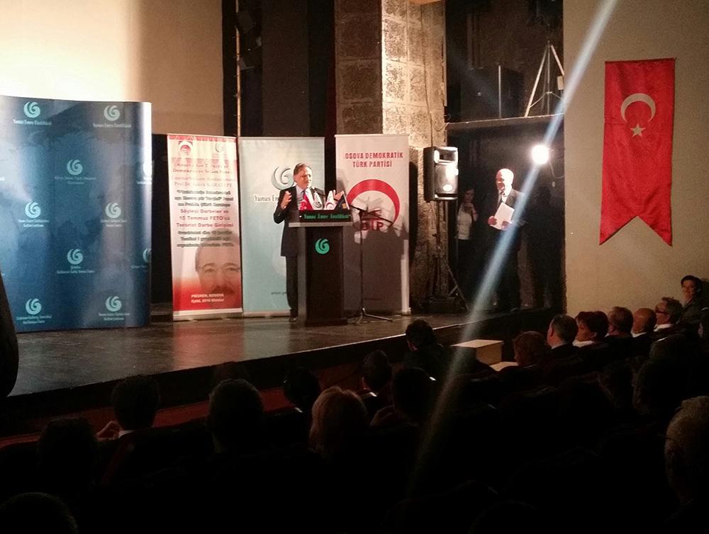 """""""Kosova'dan Türkiye'ye, Demokrasiye Selam"""" Paneli Düzenlendi"""