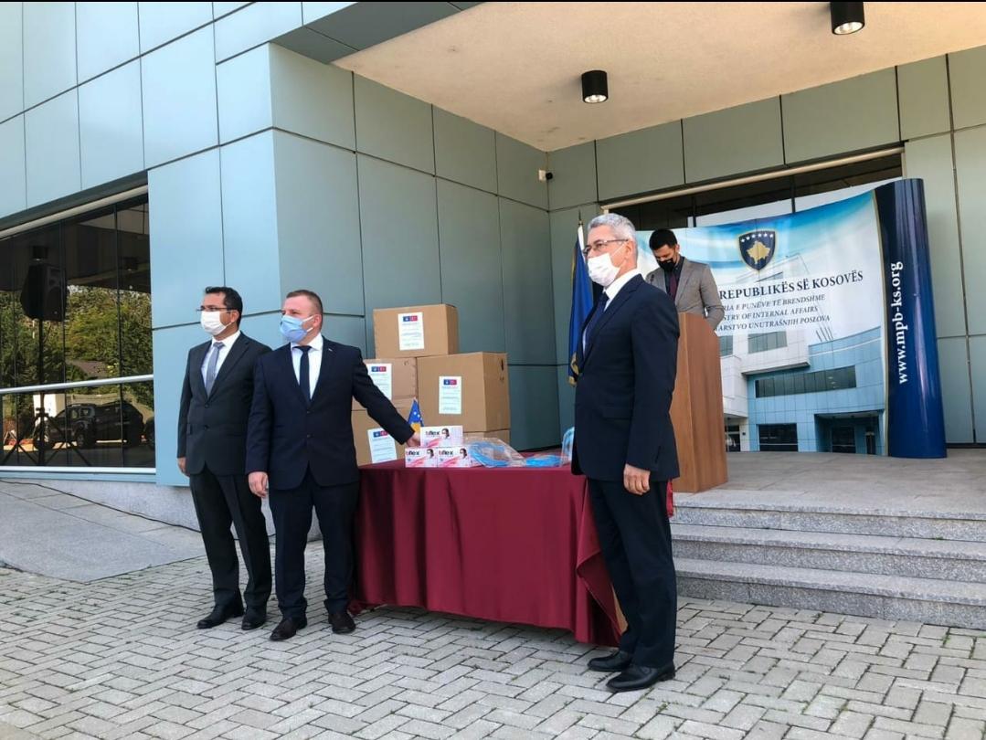 Bakan Yardımcımızın Girişimiyle Türkiye'den Kosova'ya Sağlık Desteği