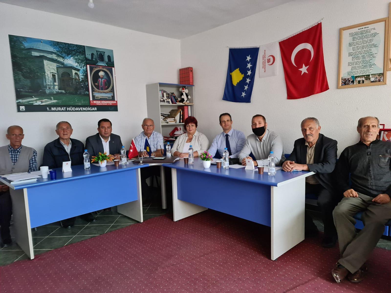 KOSOVA DEMOKRATİK TÜRK PARTİSİ MERKEZ HEYETTEN YANOVA ŞUBESİNE ZİYARET