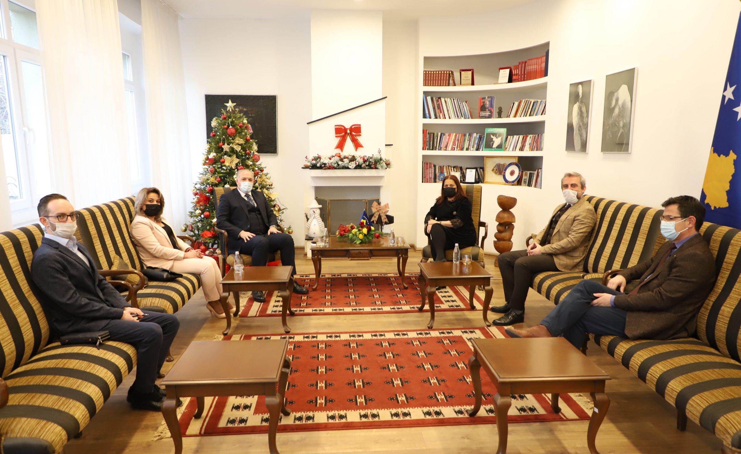 KDTP Heyeti, Kültür Bakanı Dumoshi İle Görüştü