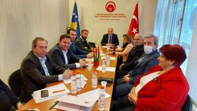 Kosova Demokratik Türk Partisi Başkanlık Kurulu, Genel Başkanımız Fikrim Damka başkanlığında toplandı.