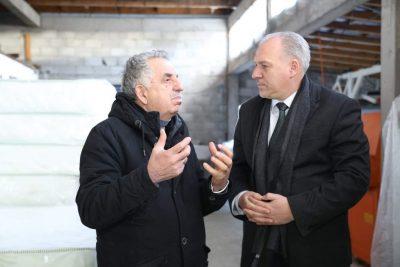 Genel Başkanımız Fikrim Damka , Prizren'de Faaliyet Gösteren İşletmelere Ziyarette Bulundu.
