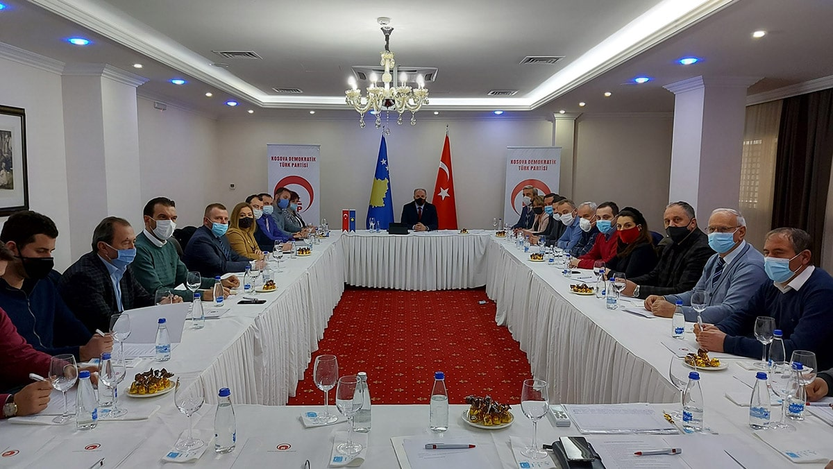 Kosova Demokratik Türk Partisi Merkez Yönetim Kurulu (MYK), Genel Başkanımız Fikrim Damka başkanlığında toplandı.