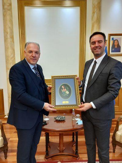 23 Nisan Kosova Türkleri Milli Bayramı Vesilesiyle Meclis Başkanı Konjufca Ziyaret Edildi