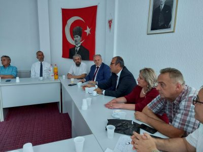 Gilan'da Türk ÖğretmenlerleTürkçe Eğitim Görüşüldü